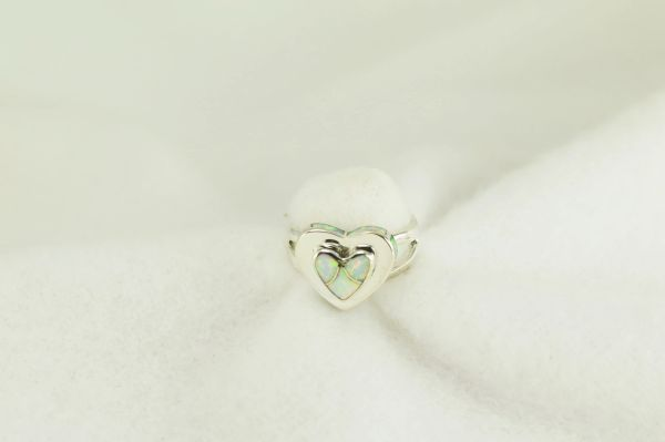 Sterling silver white opal inlay ring. R254