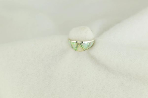 Sterling silver white opal inlay ring. R255