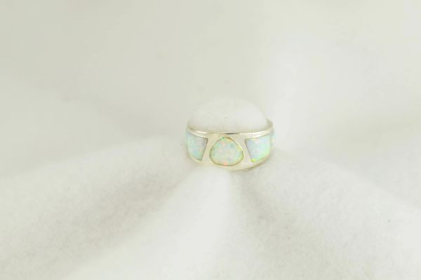 Sterling silver white opal inlay ring. R263