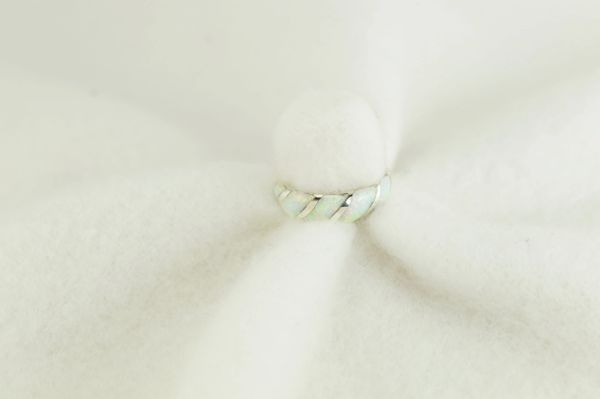 Sterling silver white opal inlay ring. R264
