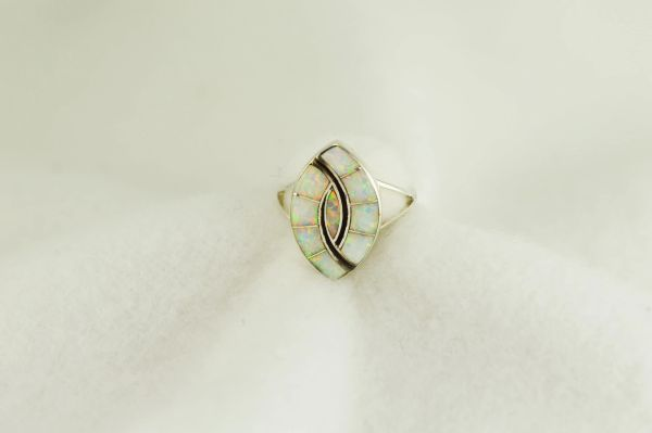 Sterling silver white opal inlay ring. R265