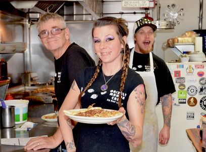 Grizzly Manor Cafe staff is ready to serve you the best breakfast in Big Bear Lake California.