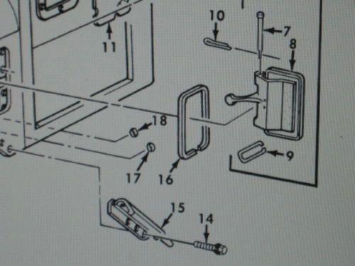 M809 5 TON CAB VENT DOOR GASKET 11677312, 5330-01-104-7355 NOS