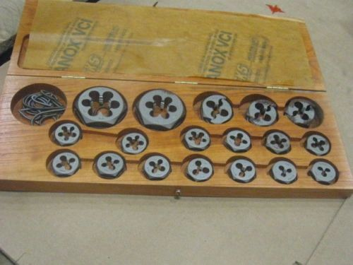 18 PC FOUR STAR THREAD REPAIR KIT NOS