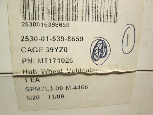 MRAP WHEEL HUB BOLT 2002547, MT171026, 5306-01-539-8659 NOS