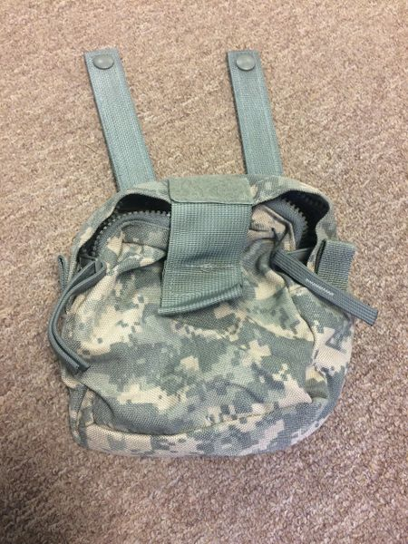 US MILITARY ISSUED ACU CAMO ZIPPING CARRYING POUCH NOS