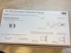 1 BOX 3M CONNECTOR FLANGE TH-7B, 5975-01-360-7386 NEW