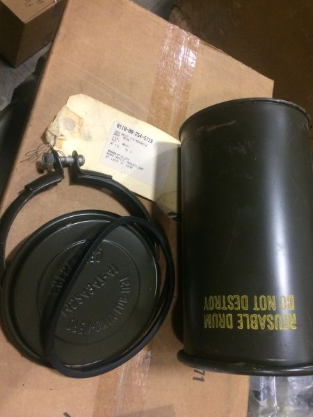 MILITARY ISSUED METAL DRUM 2.75L CAPACITY MS24347-22, 8110-00-254-5719 NOS