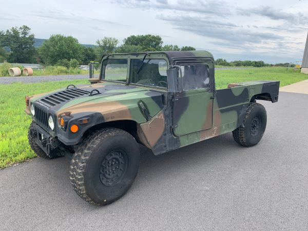 AM GENERAL CAMO HUMMER, 2-MAN WITH SOFT TOP ASSEMBLY.