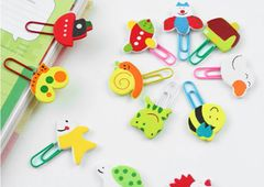 S021-Cute clips with wooden charms