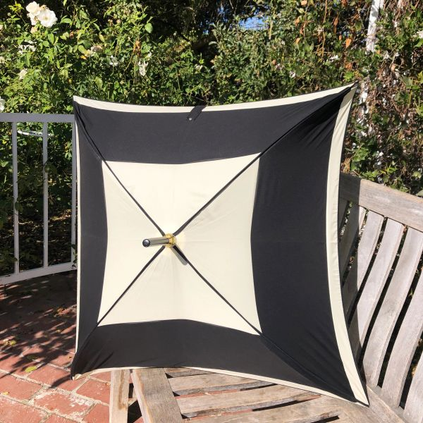 Carre by Guy de Jean - Handmade French Umbrella