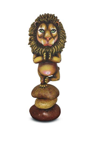Meditating Lion- Large