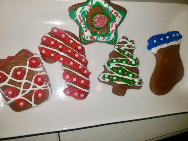 Gingerbread Christmas Cookies 1/2 Dozen