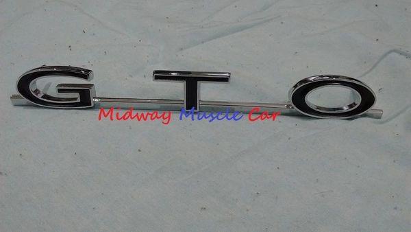 64 65 66 67 Pontiac GTO rear 1/4 panel emblem