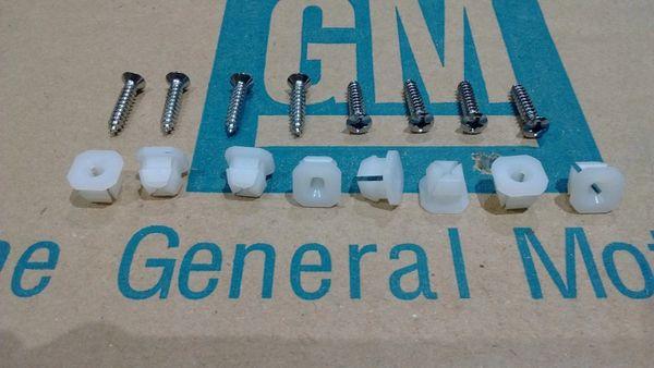 NOS 70 Chevy CHEVELLE elcamino head lamp light bezel mounting KIT clips & screws
