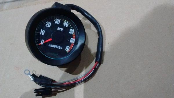 blinker tachometer 67 Chevy chevelle malibu el camino 5500 rpm tach