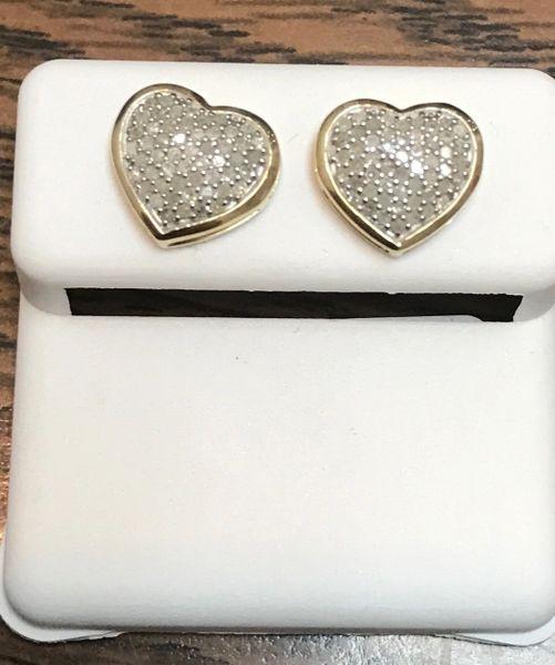 10kt yellow gold .25 Ct heart diamond earring