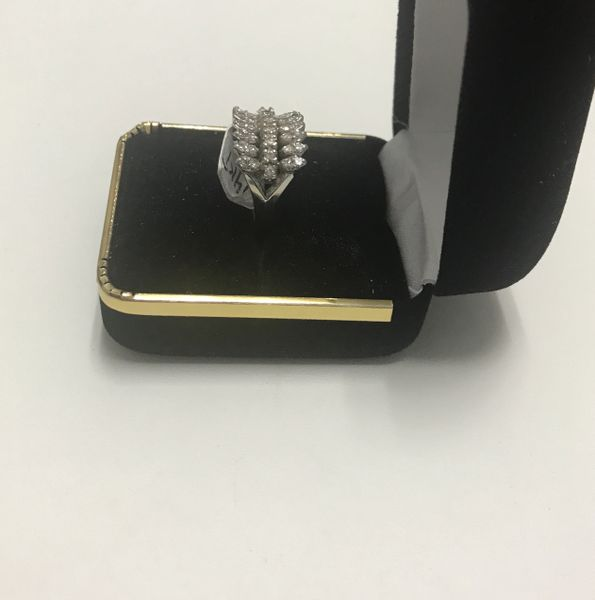 14 K Solid Yellow Gold Real Diamond Lady Rings, E125