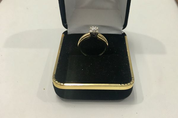 14KT Solid Yellow Gold, Real Diamond Lady Rings, E144