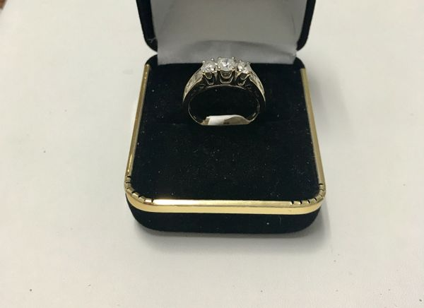 14KT Solid White Gold, Real Diamond Lady Rings, E151