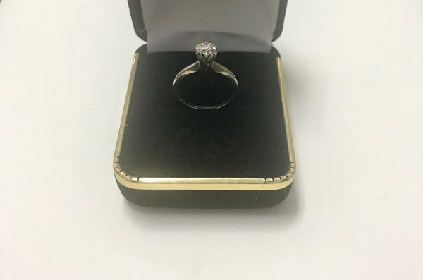 14KT Solid White Gold, Real Diamond Lady Rings, E165