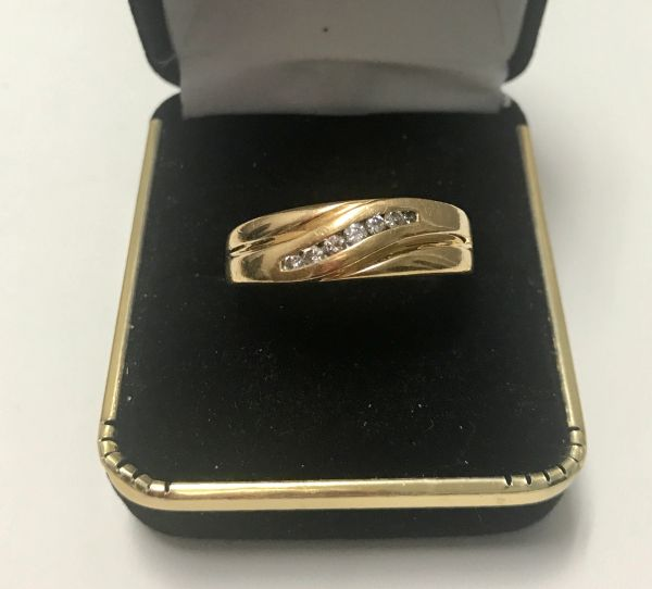 10KT Solid Yellow Gold, Real Diamond Man Rings, E177
