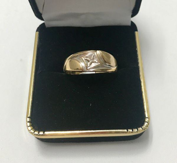 10KT Solid Yellow Gold, Real Diamond Man Rings, E188