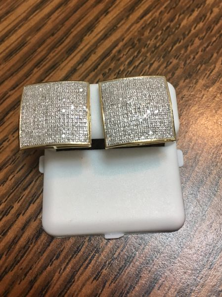 10KT Yellow Gold 1.02CT Diamond Earring