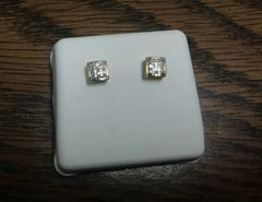 10k Solid Yellow gold diamond earring 117924