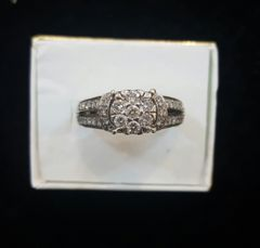 10KT Crown Style Diamond Ladies Ring