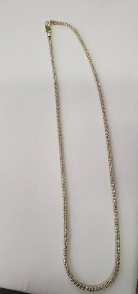 White cut chain.