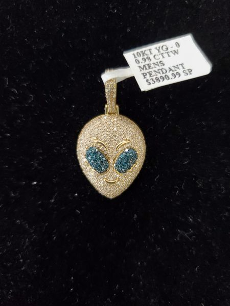 10KT Diamond Alien Charm