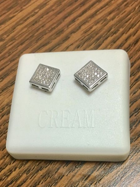 Sterling Silver A 158-08R Screwback Earring