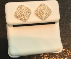 10kt Solid yellow diamond earring -screwback