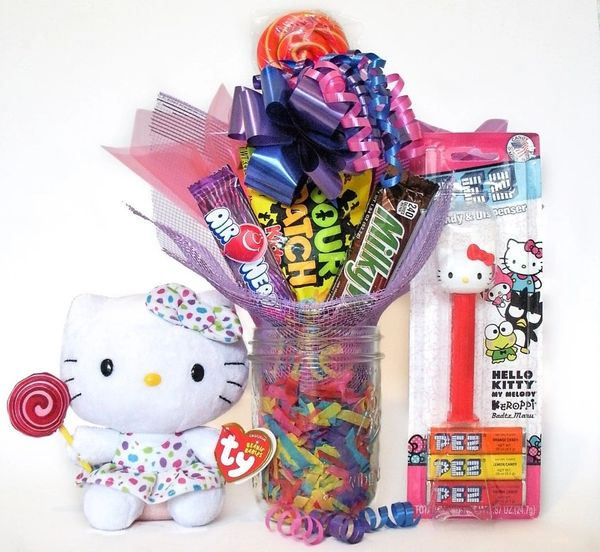 Hello Kitty Candy Bear Bouquet