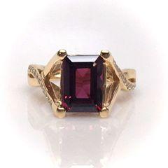 Rhodolite Garnet and Diamond Yellow Gold Ring