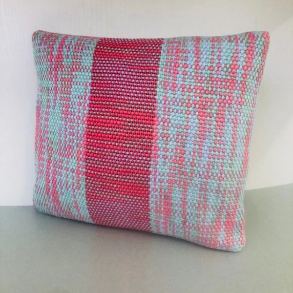 Handwoven accent cushion - small size - Raspberry sorbet weave