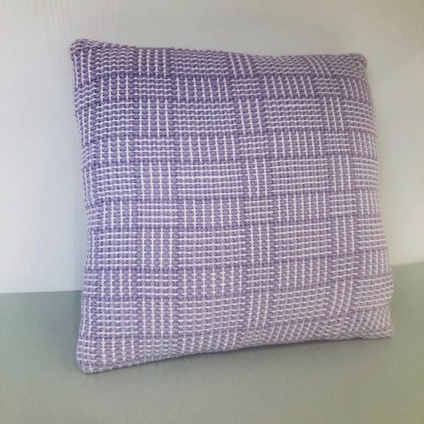 Handwoven accent cushion - small size - Lavender Log cabin weave
