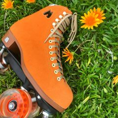 CLEMENTINE LOLLY Moxi Roller Skates