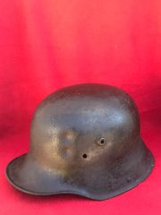 German soldiers M16 helmet fantastic condition relic,well cleaned,very smooth finnish recovered from the 1916-1918 Somme battlefield