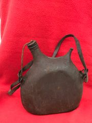 French 2 litre standard army issue water bottle still with paintwork,cork stopper,carry strap found on the Somme battlefield 1916-1918