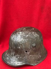 German stormtroopers M18 helmet size 62,very nice condition semi-relic with paint remains recovered from the Somme battlefield of 1918