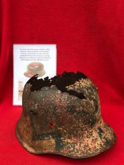 Ultra rare German stormtroopers M18 pattern troop painted camouflage helmet,relic condition,lovely relic recovered from the Somme battlefield of 1918 from the German spring offensive