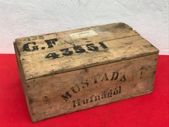 German Army horse shoe nail storage crate with original markings and transport label found near Arras from the German occupation of 1940-1944