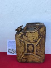 Rare British fuel can or better known jerry can with sand camouflage paintwork dated 1943 with the war department arrow used in the North Africa campaign 1940-1943 then in Italy recovered near Ancona on the Gothic Line