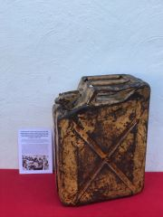 Very Rare British fuel can or better known jerry can the 1940 pattern the first direct copy of the German one with sand camouflage paintwork used in the North Africa campaign 1940-1943 then in Italy recovered near Ancona on the Gothic Line