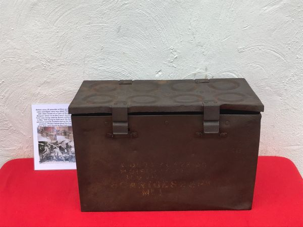 British army 25 pounder artillery gun 8 brass cartridges carry box dated 1938,semi-relic condition found in 2017 on Farm at Doornik in Belgium used by British artillery guns 1940 defending Dunkirk