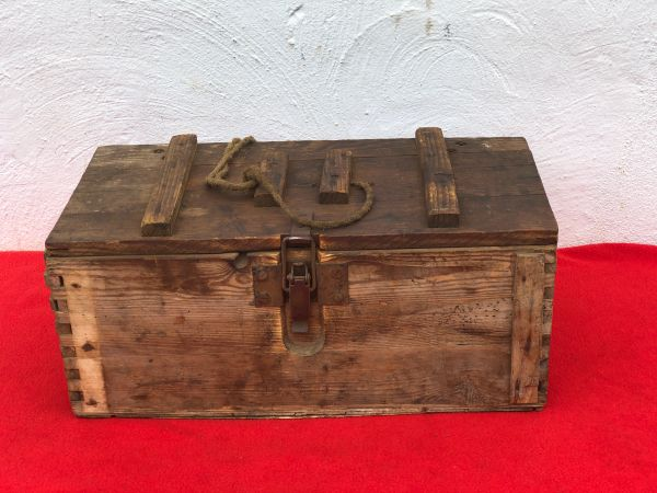 Very rare late war made German carry crate for Gewehr Sprenggrante 30 anti personnel rifle grenades properly 1945 made found on a flea market in Berlin April 1945 battle