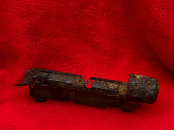 Very rare German MP40 machine gun part with original paintwork belonging used by soldier of the 77th Infantry Division recovered Mairle de Pleurtuit the battle for St malo port in August 1944,Normandy