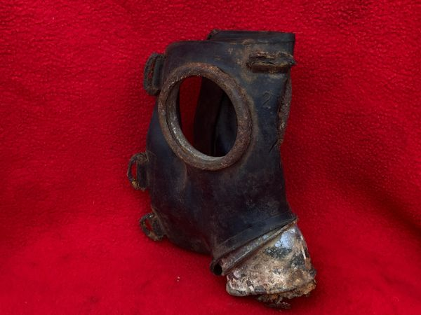 German soldiers gas mask relic condition with maker markings used by a soldier of the 77th Infantry Division recovered in the Town of Mairle de Pleurtuit battle of St Malo port August 1944